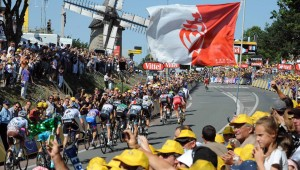 Cyclisme Tour de France 2011 Première étape Passage du Gois-Mont des Alouettes Ici sur l'image l'arrivée dans la montée du mont des Alouettes